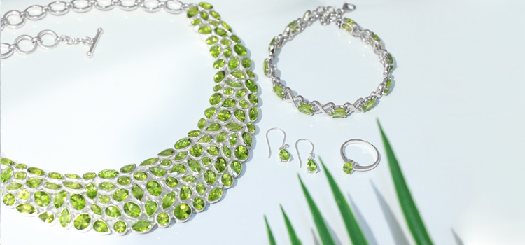 The August Birthstone: Peridot Things to Consider Before Getting Jewelry