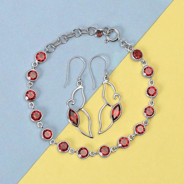 Sterling silver garnet jewelry